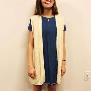 GAP Sleeveless Cardigan